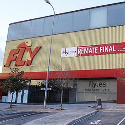 Fly (Pamplona)</br>Sede en Navarra de la compañía francesa de decoración.